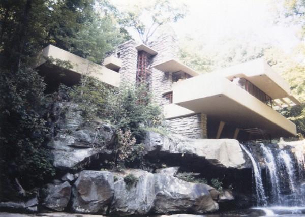 フランク・ロイド・ライトによる落水荘 1980年代