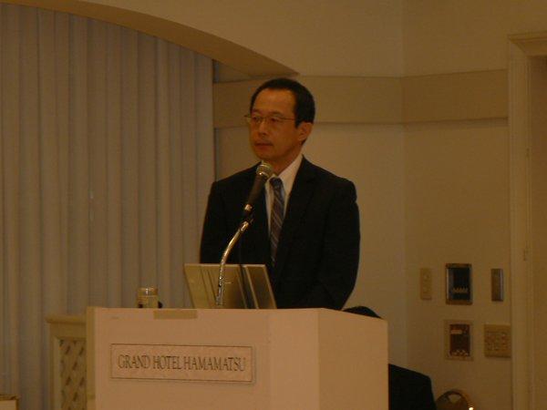 浜松医科大学脳外科 酒井講師(第63回浜松医科大学眼科症例検討会)