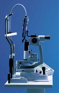 加齢黄斑変性症 PDT(光線力学的療法)レーザー